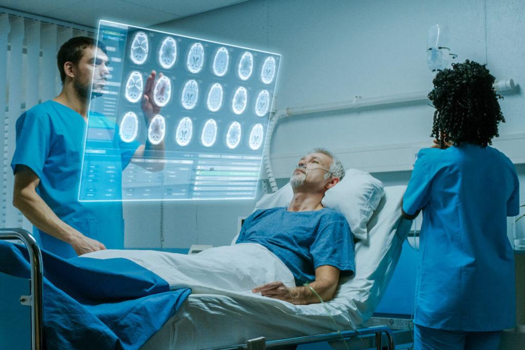 Los hospitales del futuro deben ofrecer una asistencia sin fallos ni eventos adversos