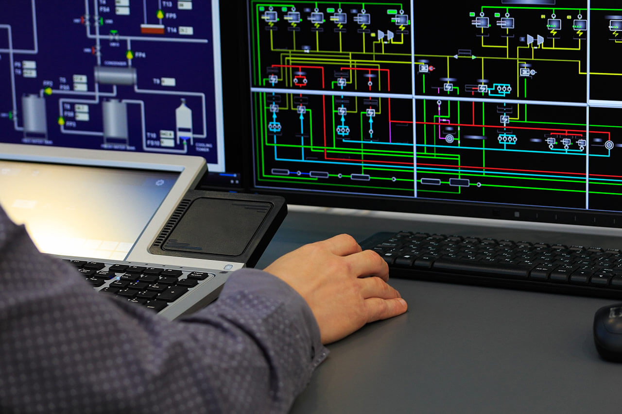 Un sistema SCADA permite a las organizaciones ahorrar tiempo y dinero logrando una mayor eficiencia de las operaciones